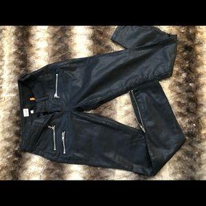 Pants - Sneek Peak Los Angeles jeans/pants